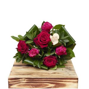 Scarlet Pinks Half Dozen Birthday Flowers Congratulations Thank You Bouquets
