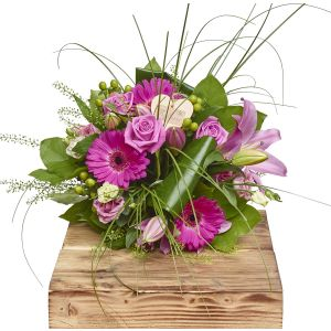 Pretty Pinks Hand Tied Bouquet Birthday Flowers Congratulations Thank You Bouquets
